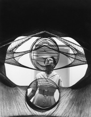 Roloff Beny, Peggy Guggenheim seen through a sculpture (courtesy of National Archives of Canada and Peggy Guggenheim Collection Archives, Venice)