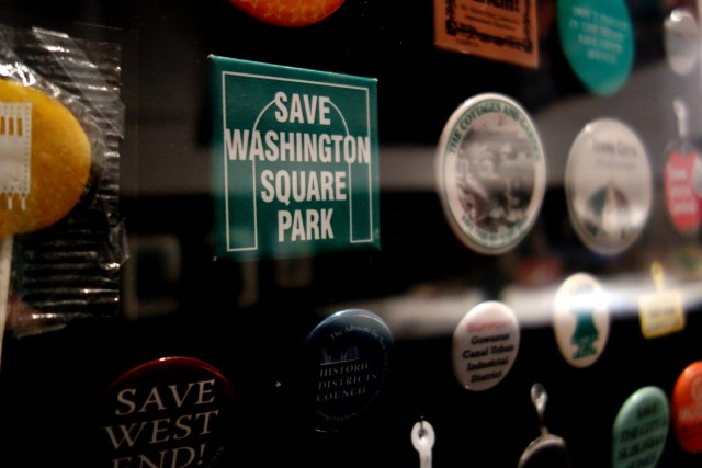 Preservation buttons