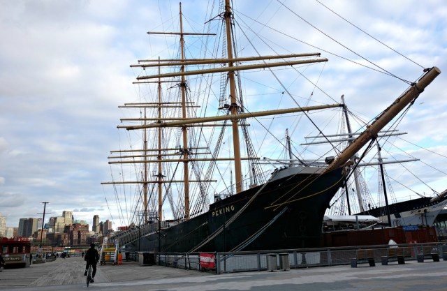 Tall ships at the South Street Seaport on Manhattan (all photos by the author for Hyperallergic unless indicated)