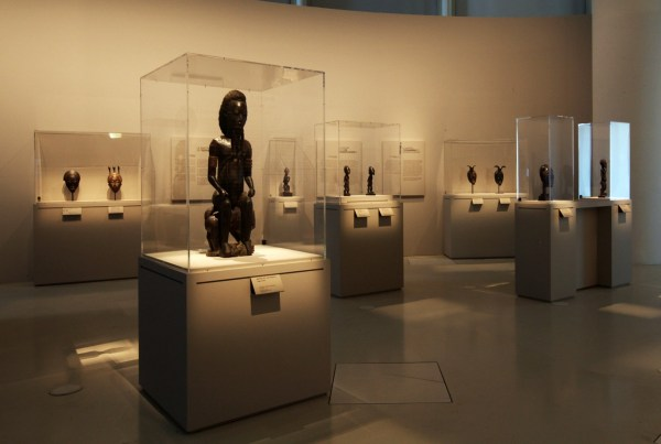 Reframing Ivory Coast' Long-anonymous Master Sculptors