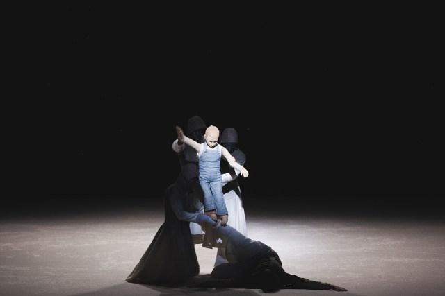 """Pontus Lidberg Dance, """"Snow"""" (photo by Petrus Sjövik)"""