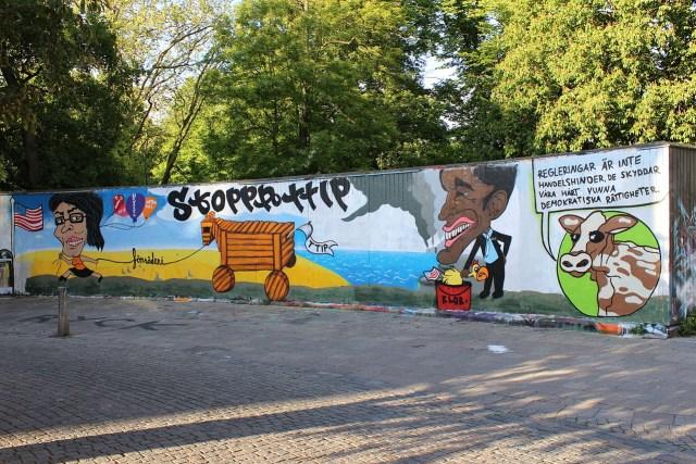 An anti-TTIP mural in Malmö, Sweden (photo by Johan Jönsson, via Wikimedia Commons)