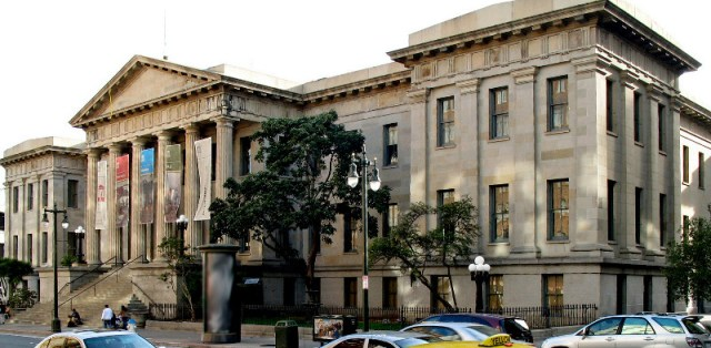 The Old U.S. Mint in San Francisco (photo by Sanfranman59)