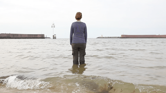 """Sarah Cameron Sunde,  research documentation of """"36.5 / a durational performance with the sea"""" (2015) (photo by Jonas de Witte, courtesy the artist)"""