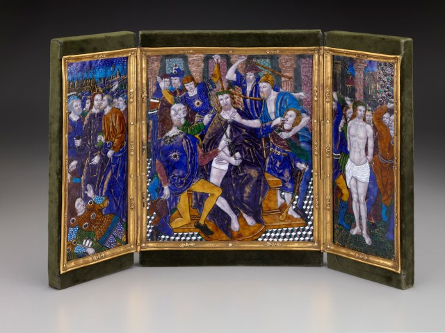 "Jean Pénicaud I, ""Triptych: Christ Crowned with Thorns with The Kiss of Judas and The Flagellation"" (ca. 1525−35), enamel on copper. Central plaque: 10 5/8 × 9 3/8 inches; wings: 10 5/8 × 4 3/16 inches. (courtesy The Frick Collection, photo by Michael Bodycomb)"