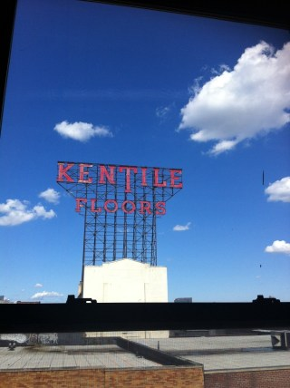 The Kentile Floors sign, which sat atop a building at the corner of 9th Street and Second Ave, was a longtime symbol of Gowanus. (photo by Hrag Vartanian/Hyperallergic)