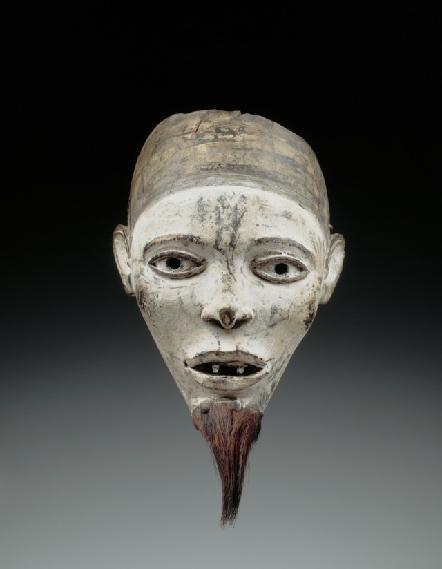 Master of Kasadi Workshop, Mask (Nganga Diphomba) Kongo peoples; Yombe group, Kasadi village, near Tshela, Democratic Republic of the Congo. Photo: © RMCA, Tervuren, by R. Asselberghs.