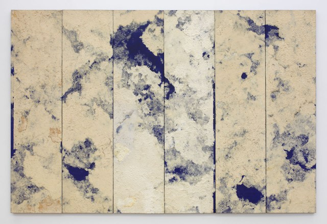 """Chung Chang-sup, """"Untitled"""" (1992), tak fiber on canvas, 102 3/8 x 153 17/32 in. (photo by Guillaume Ziccarelli, courtesy Galerie Perrotin)"""