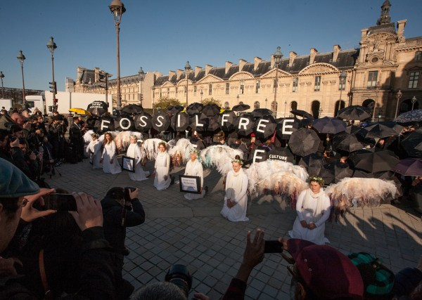 Artists And Activists Sing Spill Oil In Anti Fossil