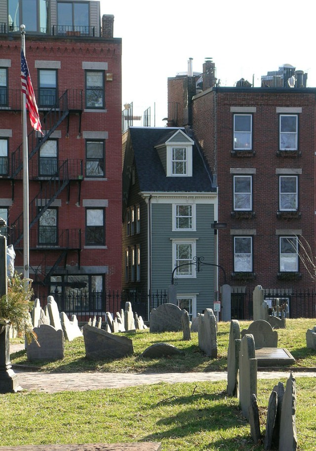 The Skinny House of Boston, viewed through the Copp's Hill Burying Ground (photo by John Stephen Dwyer/Wikimedia)