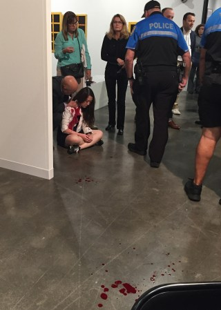 A photograph of the Sunday, December 6 incident that was provided to Hyperallergic by a reader at Art Basel Miami Beach. (anonymous reader and used with permission)