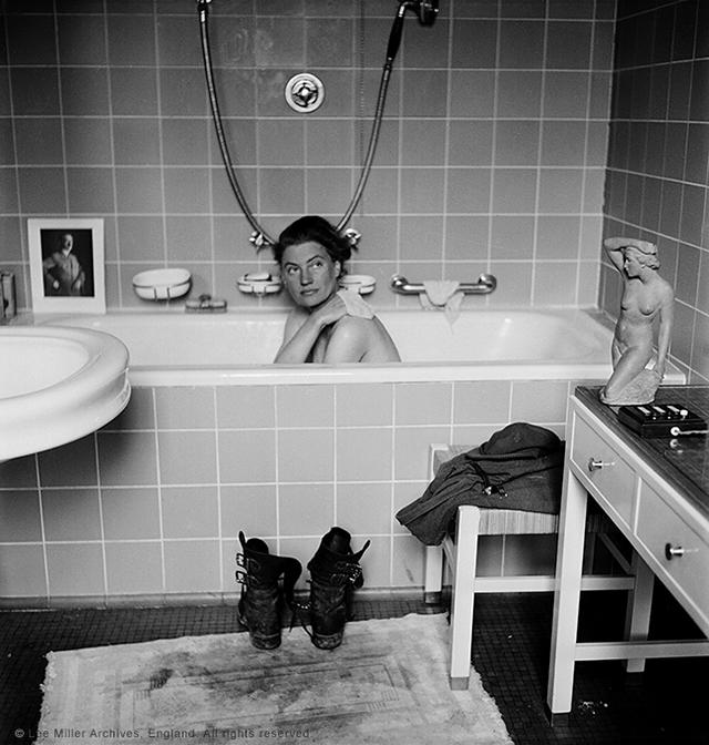 "Lee Miller with David E. Scherman, ""Lee Miller in Hitler's bathtub, Hitler's apartment, Munich, Germany, 1945"" (© Lee Miller Archives, England 2015)"