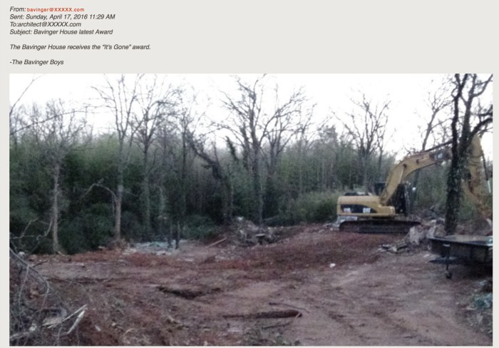 The email showing the demolishment of the Bavinger House, shared on the Save Wright forum (screenshot by the author for Hyperallergic)