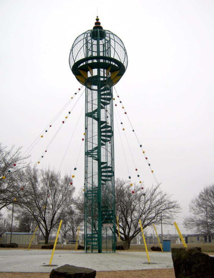 The Play Tower designed by Bruce Goff following its restoration, as seen in 2014 (photo by Theresa Meier)