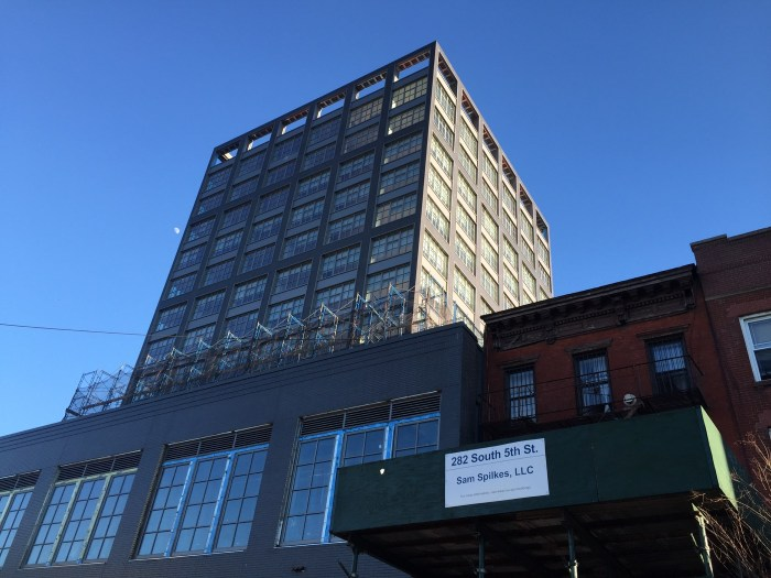 A new development on South 5th Street in Los Sures, 13 stories, 82 units. Photo by Caroline Bauer