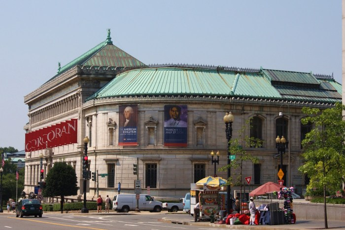 The exterior of the Corcoran's Flagg Building (photo by Mr.TinDC/Flickr)