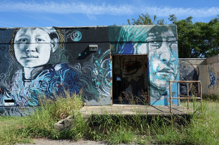 Mural by Steven Grounds at the Concho Indian Boarding School in Concho, Oklahoma (all photos by the author for Hyperallergic)