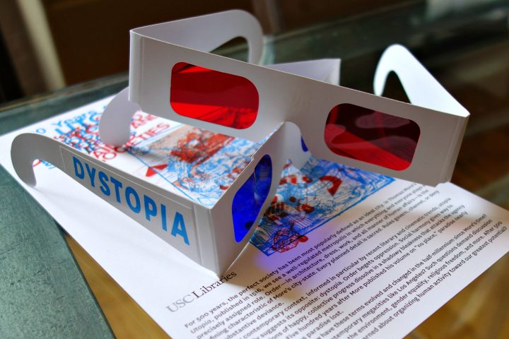The decoder glasses for 500 Years of Utopia (photo by the author for Hyperallergic)