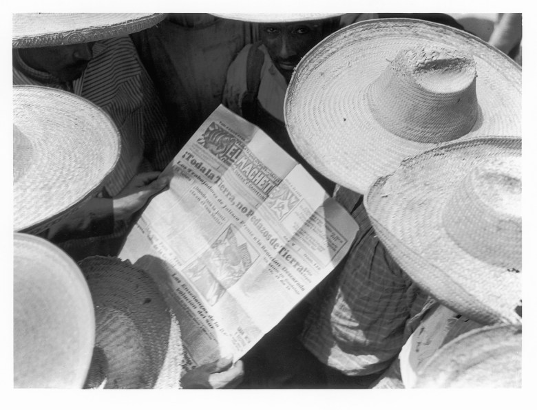 "Tina Modotti, ""Mexican Peasants Reading El Machete"" (1928) (courtesy La Fábrica)"