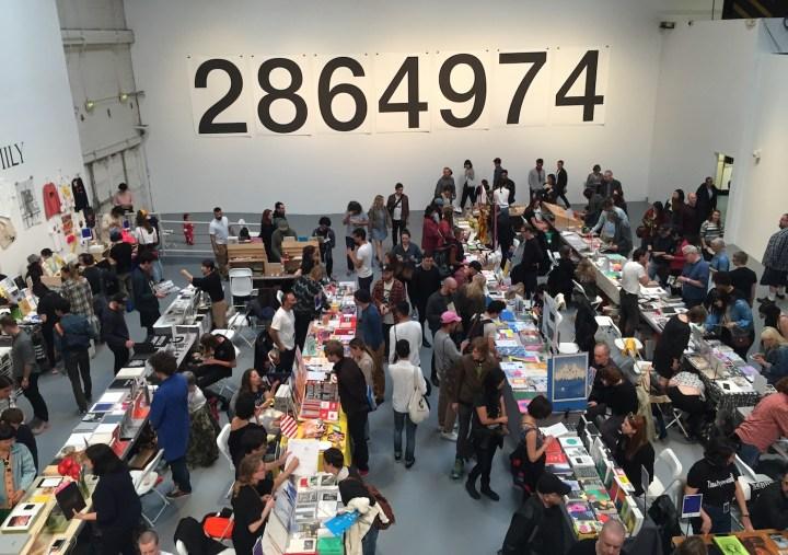 Printed Matter's LA Art Book Fair 2017 (photo by Matt Stromberg/Hyperallergic)