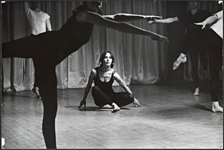 "Yvonne Rainer in the ""Bach"" Section of Terrain, photo by Al Giese, 1963. Image courtesy of Getty Research Institute, Los Angeles (2006.M.24)"