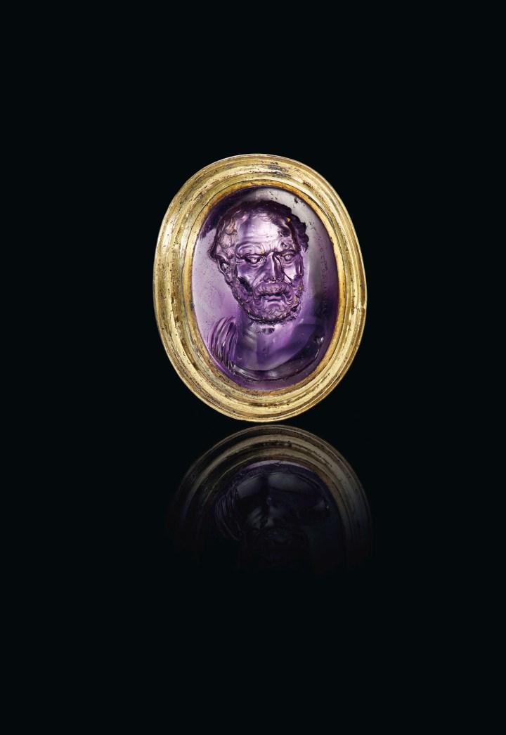 Ancient engraved gem (© 2019 Christie's Image Ltd.)