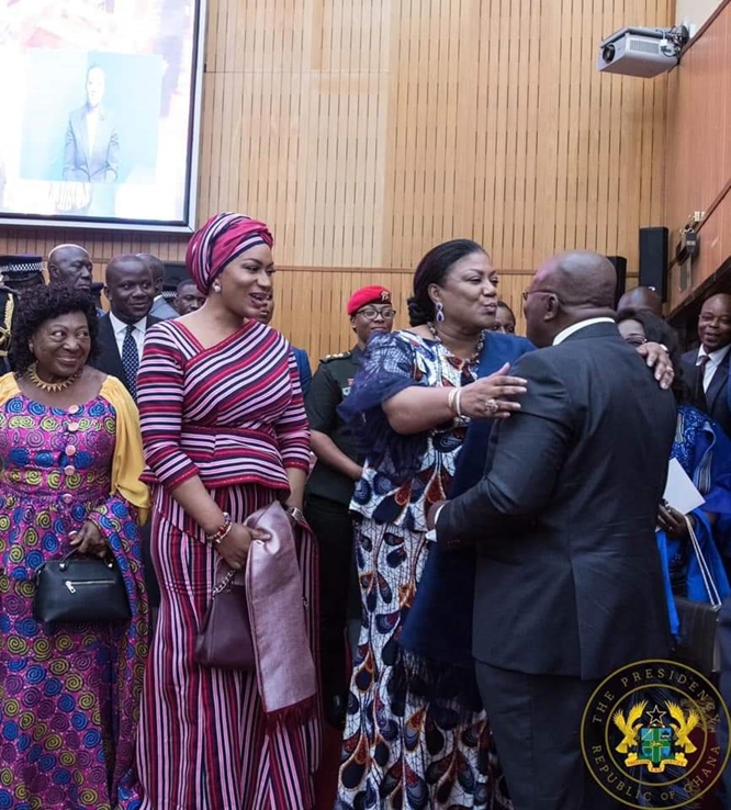 Akufo-Addo's presidential kiss with Mama Becca