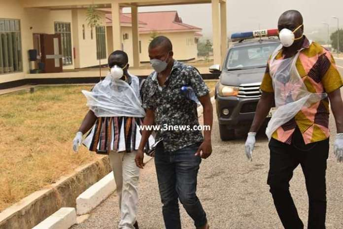 [Photos] How police grabbed Nigerian who escaped from self-isolation in Wa