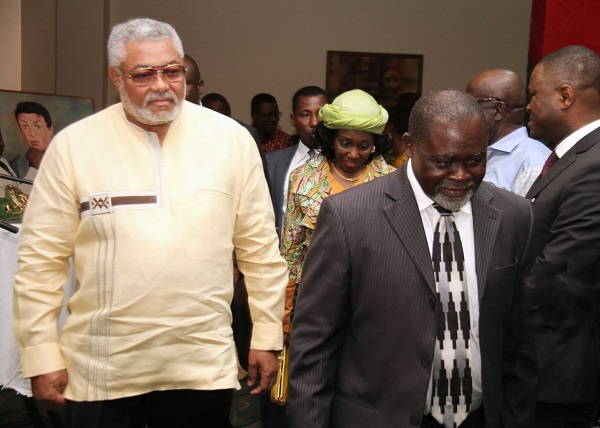 Azumah Nelson recounts how Rawlings supported his career; swept room after training [VIDEO]