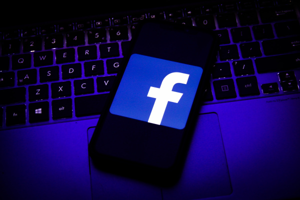 facebook applies overly broad content block in flex against australias planned news reuse law hyperedge embed image