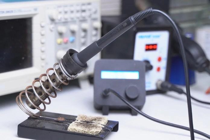 homebrew hakko 907 digital soldering station hyperedge embed image