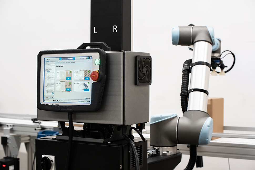 The Robotiq Palletizing Solution