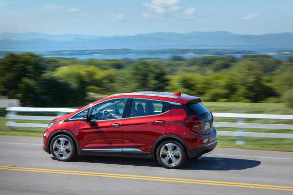 nhtsa urges some chevy bolt owners to park their car away from home citing fire risk hyperedge embed