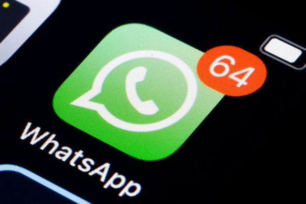 whatsapp is adding a best quality setting for sending photos and videos hyperedge embed