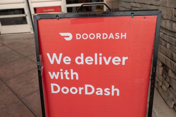 doordash launches alcohol delivery in u s canada and australia hyperedge embed