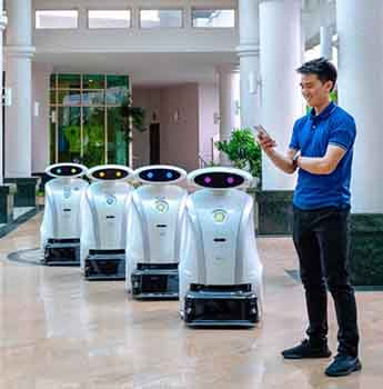 First-ever cleaning robots that work as a team