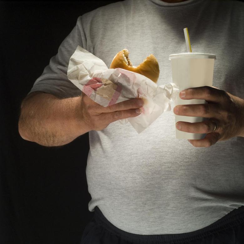 dieta de fast food aumenta chance de cancer de colon
