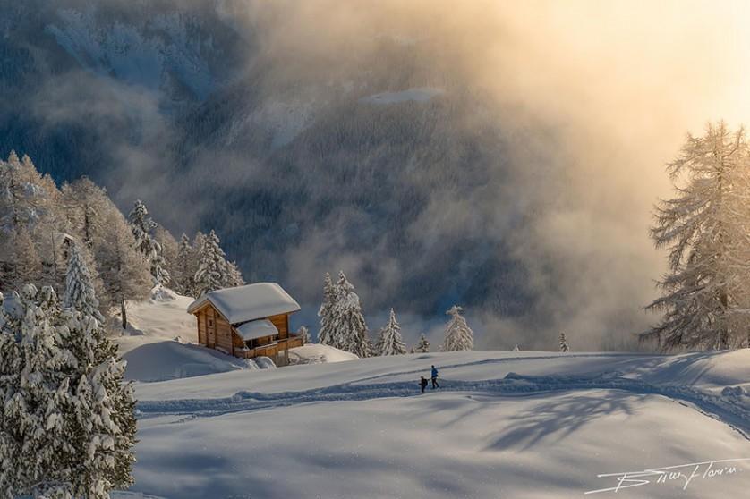casas-solitarias-cobertas-de-neve-24