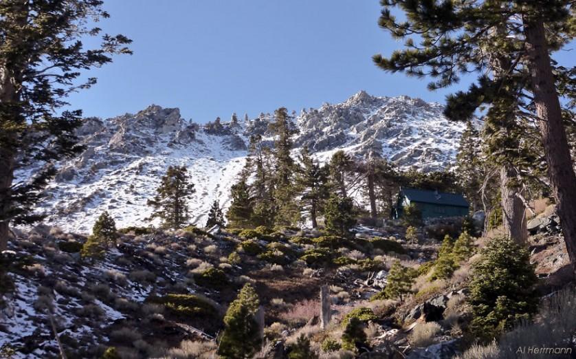 casas-solitarias-cobertas-de-neve-8