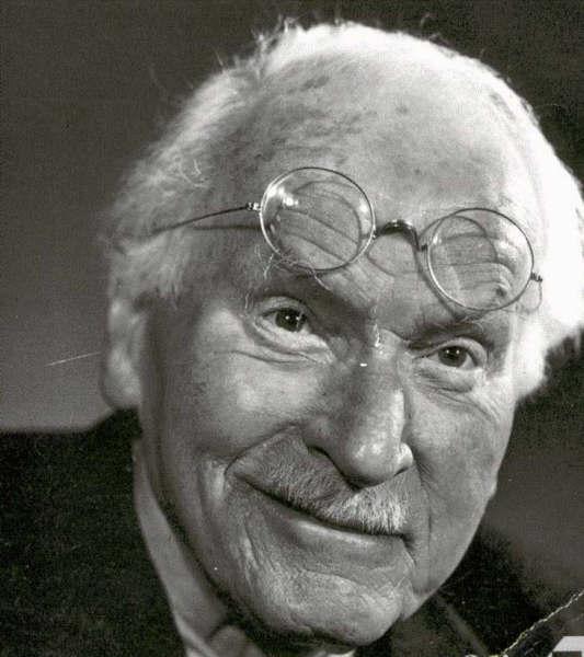 Jung Hypnose humaniste auch dax