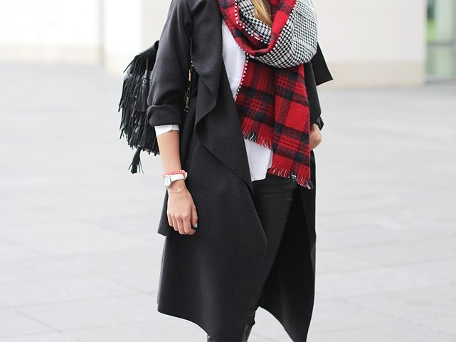 Black Coat Outfit Blog 1