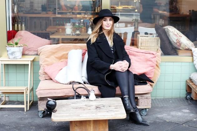 Die Modeblogger Helena und Laura waren zu Besuch im Frankfurter Café Sugar Mama und testen das Gutscheinbuch B-MY