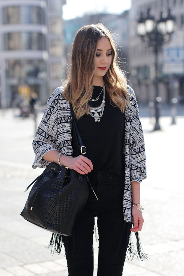 Deutscher-Modeblog-German-Fashion-Blog-Outfit-Azteken-Kimono-4