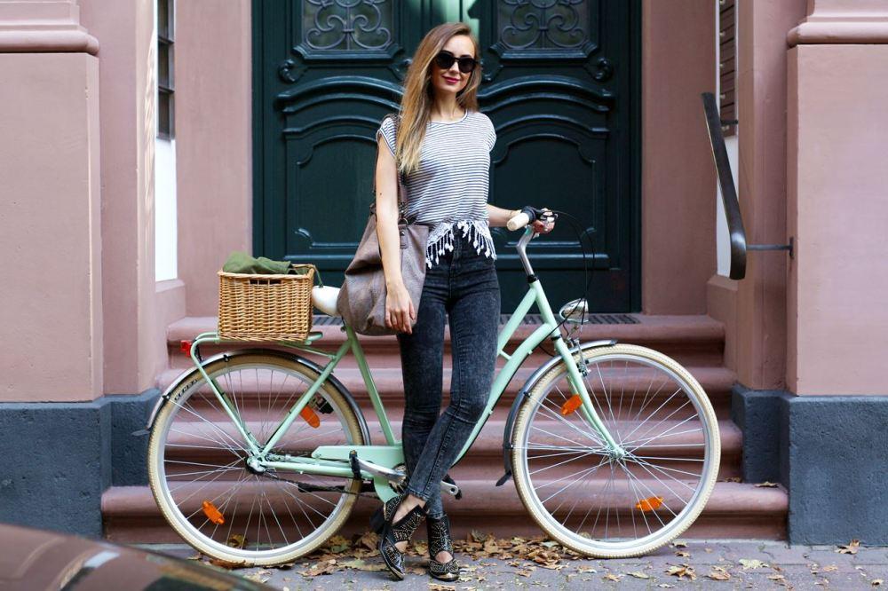 Modeblog-German-Fashion-Blog-Outfit-Parka-Jeans-4