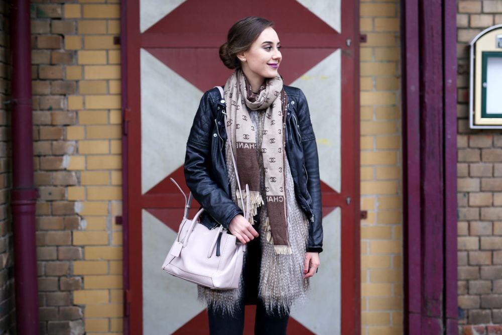 modeblog-german-fashion-blog-outfit-lederjacke-fake-fur-weste-6