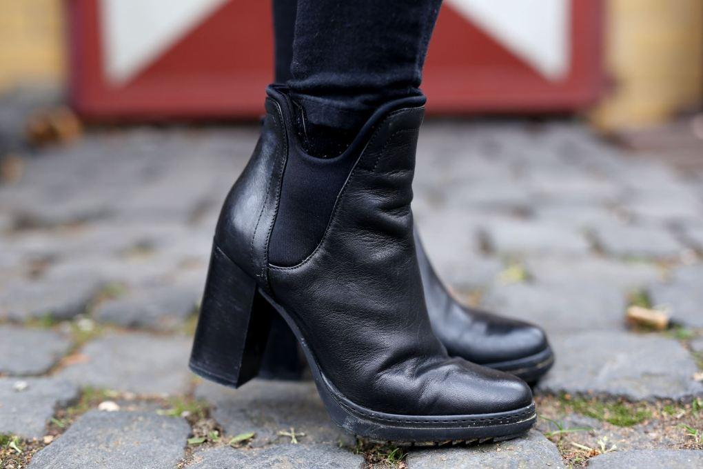 modeblog-german-fashion-blog-outfit-lederjacke-fake-fur-weste-9