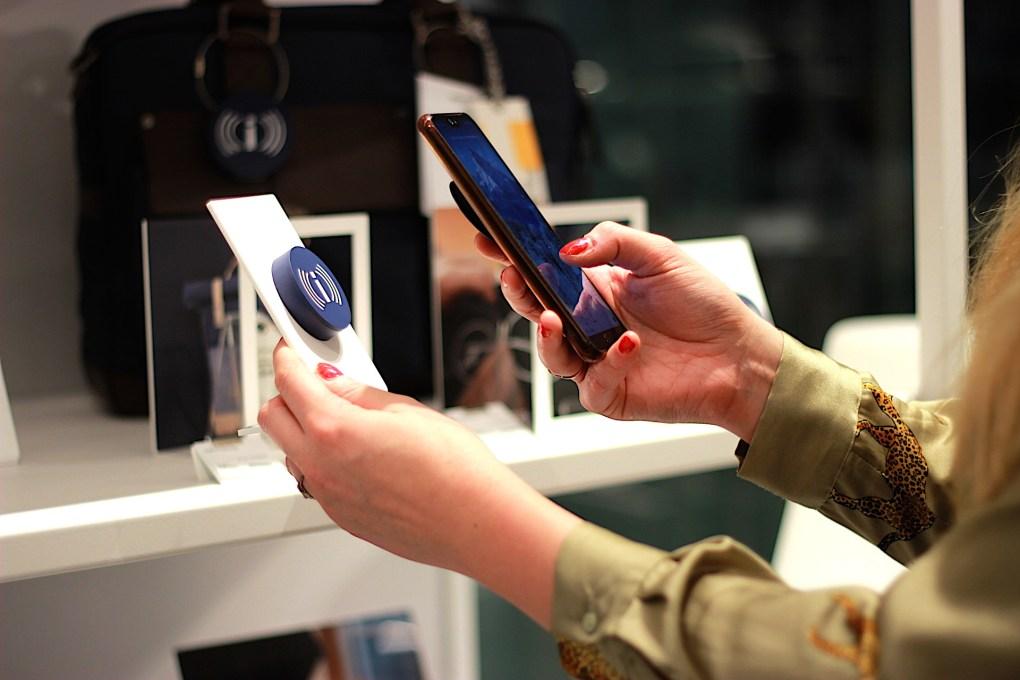 Digitalisierung des Point of Sales am Beispiel des Relaunch Lufthansa WorldShops.