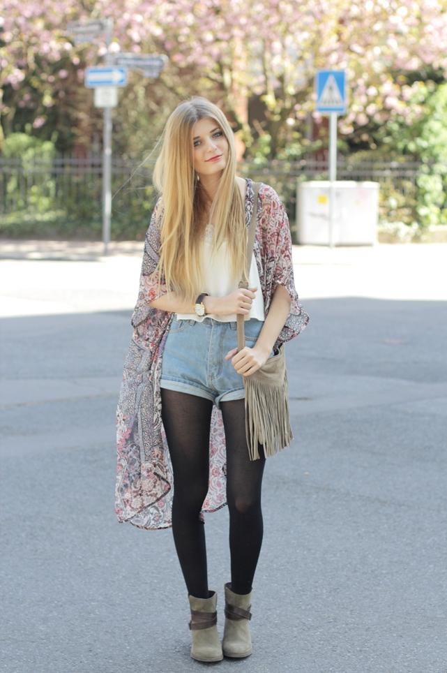 Kimono Jeansshorts Outfit