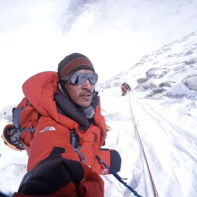 Arjun Vajpai Climbs Kangchenjunga,World's Third Highest Mountain