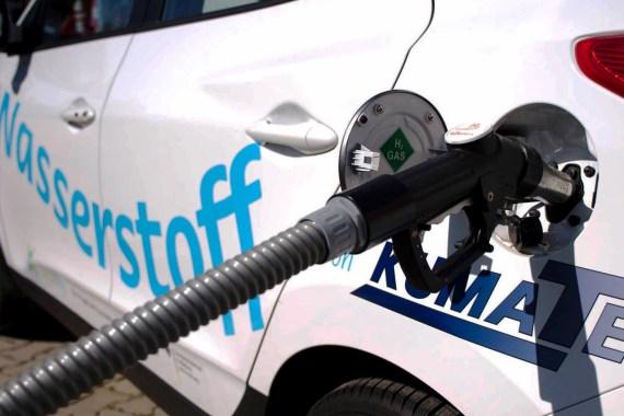 Bild Betanken eines Wasserstoffautos